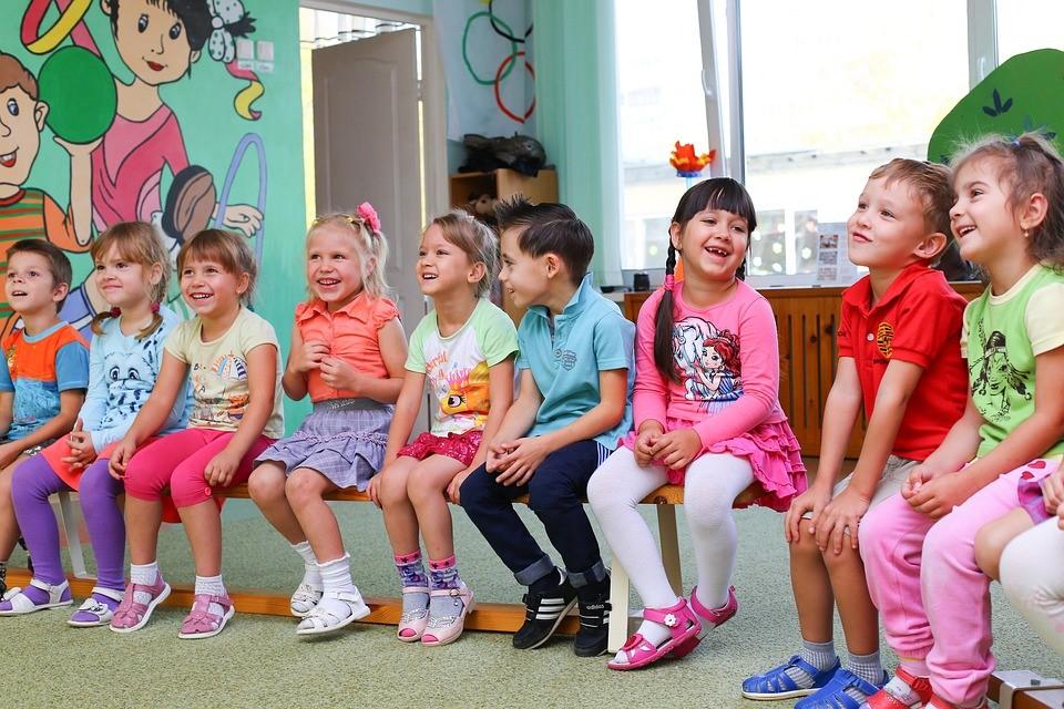 Jednoduché hry rozvíjajúce slovnú zásobu dieťaťa